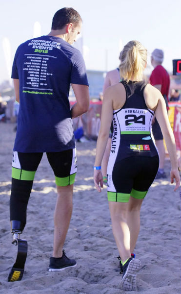 Kevin Kraus and Elizabeth Lopez reviewing the LA Triathlon 2015 course at Torrance Beach.
